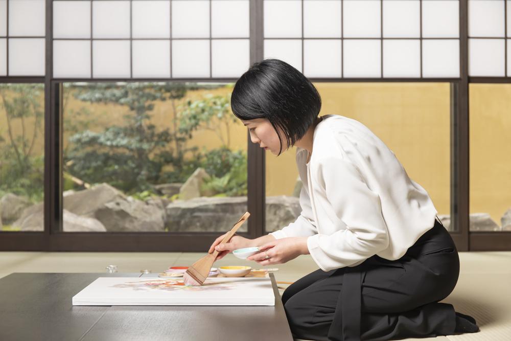 ENJOY KYOTO3月号で色彩作家を特集していただきました。